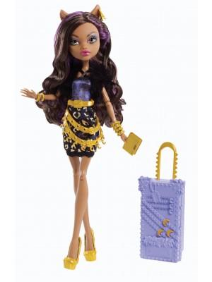 Monster High Travel Scaris Clawdeen Wolf Doll